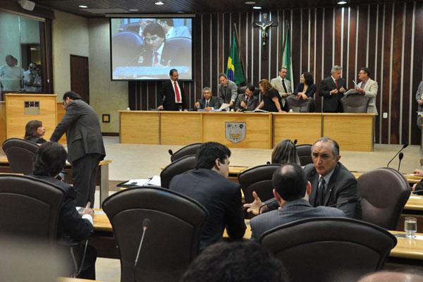 Leilão da dívida e Import-RN tiveram vinte votos favoráveis no plenário da Assembleia Legislativa