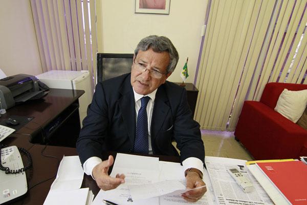 Benito Gama detalha plano do governo do Estado para melhor distribuição do produto interno bruto