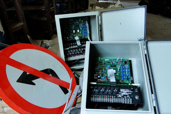 A manutenção de semáforos e equipamentos eletrônicos é de responsabilidade da Serttel, mas o contrato é alvo de suspeitas