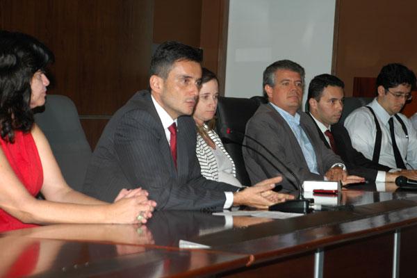 Promotores de Justiça informam sobre apurações a respeito do esquema de pagamento de propina