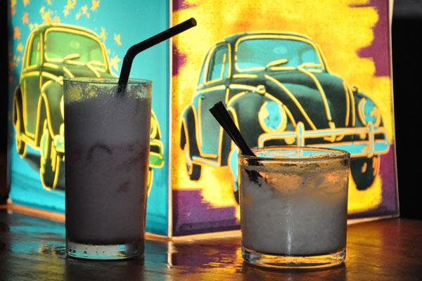 Bares, pubs e boates funcionam mais tarde na noite do dia 24 com festas e shows para todos os gostos e bolsos