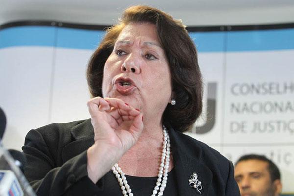 Corregedora Eliana Calmon enfrenta resistência nas investigações