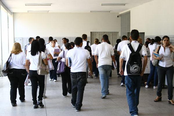 Escolas como  a  Anísio Teixeira  terão matrículas só em fevereiro