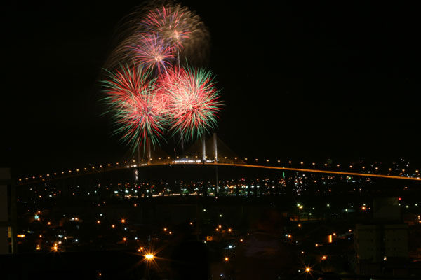 Ponte Newton Navarro será interditada após 22h, para a tradicional queima de fogos no dia 31