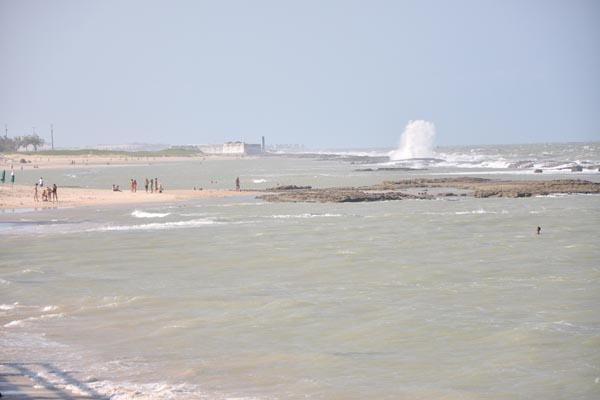 Todas as praias monitoradas no Estado pelo programa Água Azul estão com condições favoráveis para o banho recreativo