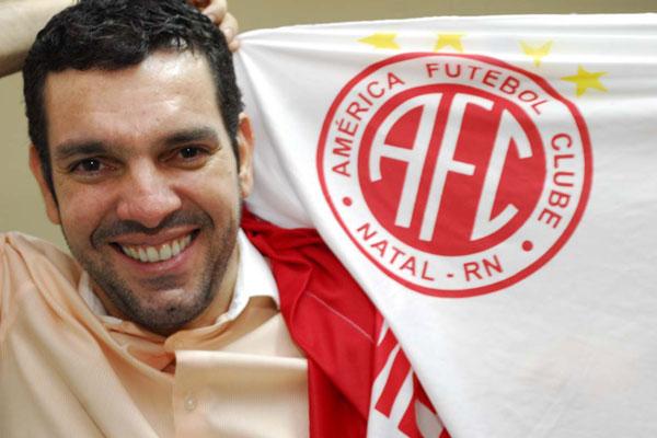 Alex Padang está confiante no apoio da torcida ao América