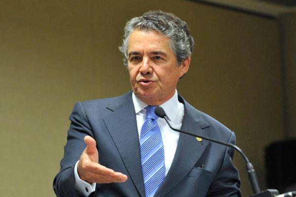 Ministro Marco Aurélio Melo, do STF, cassou uma decisão da ministra Eliana Calmon, do STJ