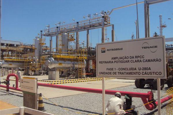 Produção na Refinaria Clara Camarão foi puxada pela gasolina tipo A, cujo volume cresceu 272,1 por cento