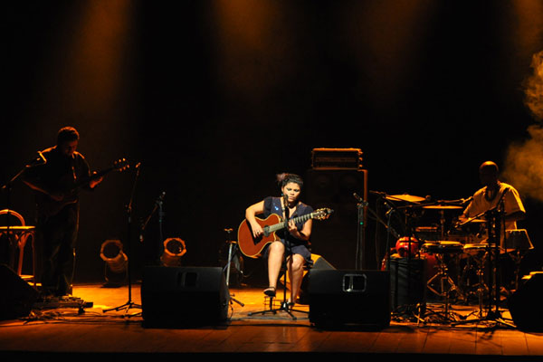 Cantora levou a Clave de Sol nas categorias Melhor Intérprete e Artista do ano