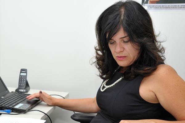 Promotora Isabel Menezes alerta que há base legal para abrir processos por improbidade