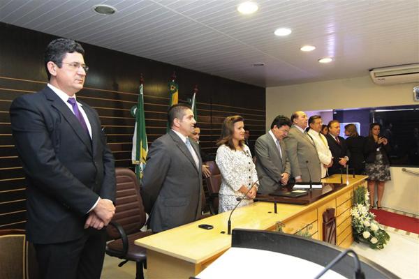 Micarla de Sousa fez a leitura da mensagem anual na Câmara Municipal de Natal