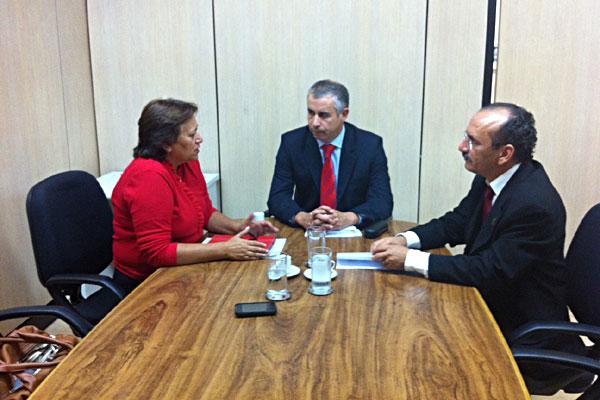 Deputada Fátima Bezerra teve reunião com secretário do MEC, Marco Antônio, e com o reitor do IFRN, Belchior Oliveira