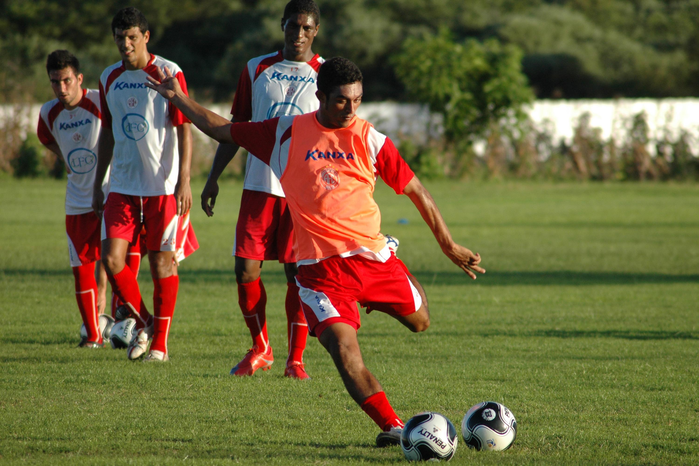 Lúcio Curió jogou no América em 2009, quando foi artilheiro do Campeonato Potiguar