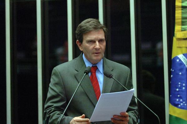 A entrada do senador ocorre para incorporar o PRB ao governo, partido que integra a base aliada