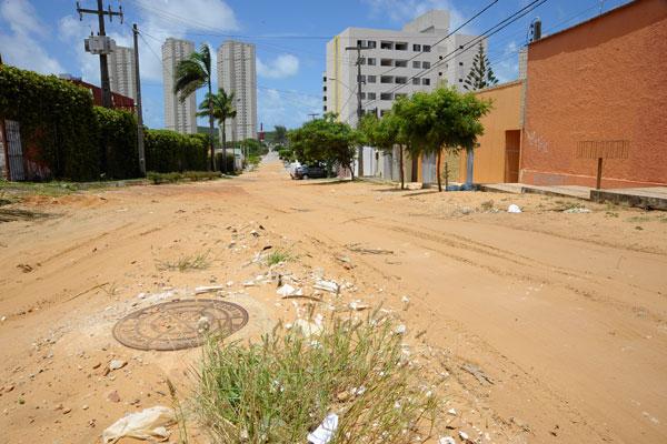 Drenagem em Capim Macio está longe de ser finalizada