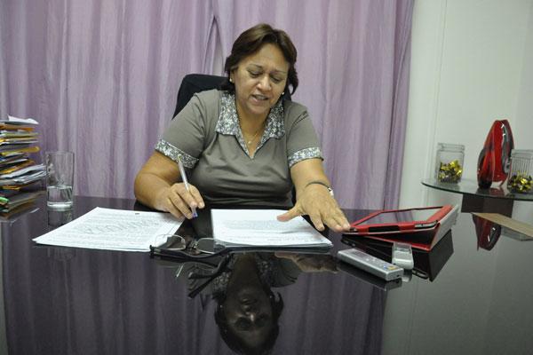 Deputada Fátima Bezerra diverge do presidente da Confederação Nacional dos Municípios