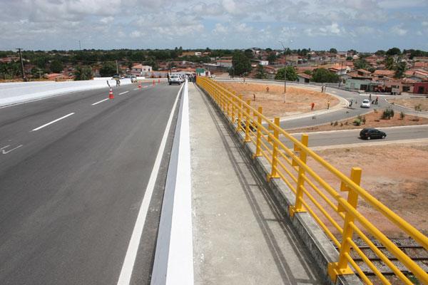 Viaduto da avenida das Fronteiras, zona Norte, faz parte  do projeto de mobilidade da cidade