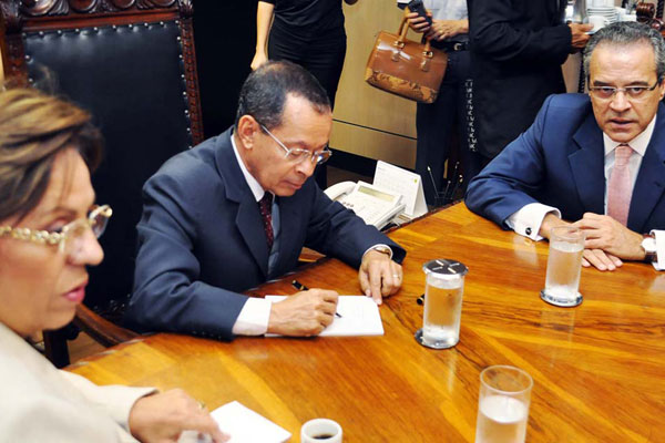 Henrique e Rosalba pedem ao ministro Paulo Passos pressa na liberação dos recursos para obras