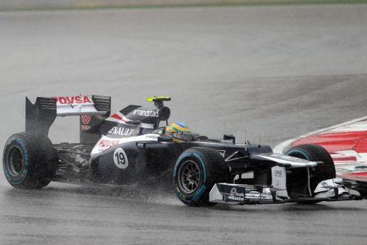 Chuva na Malásia beneficiou o brasilero que conseguiu os primeiros pontos para a Williams na temporada 2012