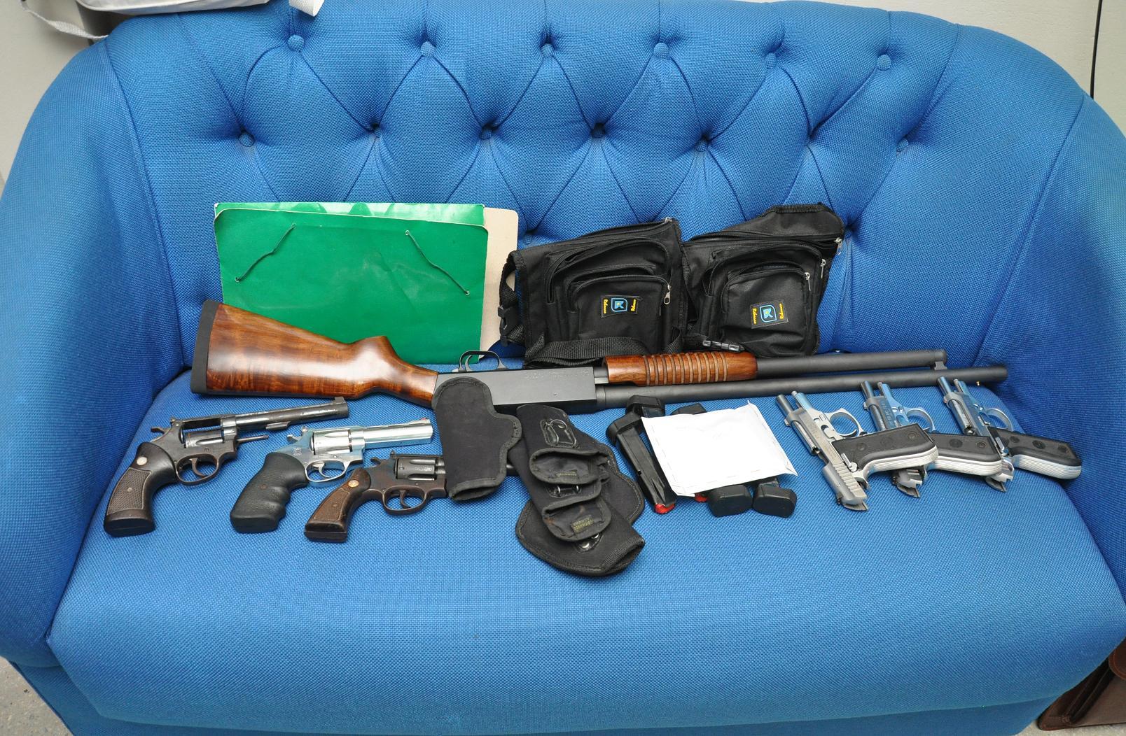 Quadrilha em Parnamirim é presa com armas de fogo