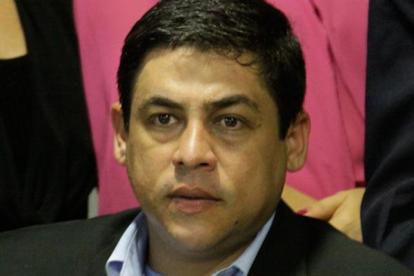 Deputado Dibson Nasser é acusado de abuso do poder político
