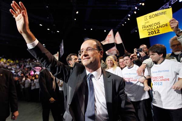 François Hollande quer renegociar pacto fiscal da Europa para permitir iniciativas que estimulem a atividade econômica na zona do euro