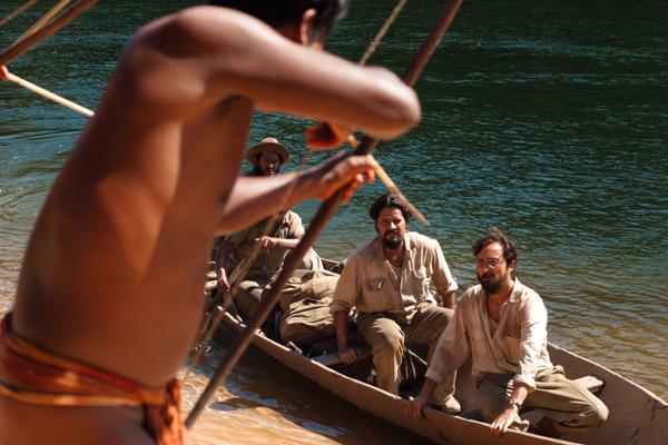 Épico-histórico narra de forma poética o contato dos irmãos Villas-Bôas com tribos do Brasil central