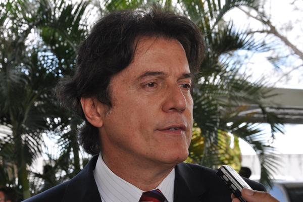 Robinson Faria renova discurso de oposição à governadora