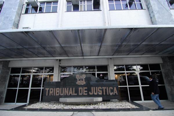 O TJRN poderá suspender o pagamento do precatório da Henasa, a pedido do TCE, caso o pleno decida pela interrupção