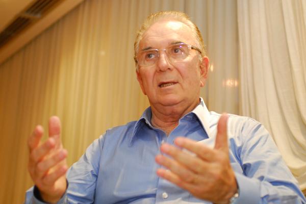 Paulo de Barros Carvalho, professor titular da PUC-SP, da USP e presidente do IBET