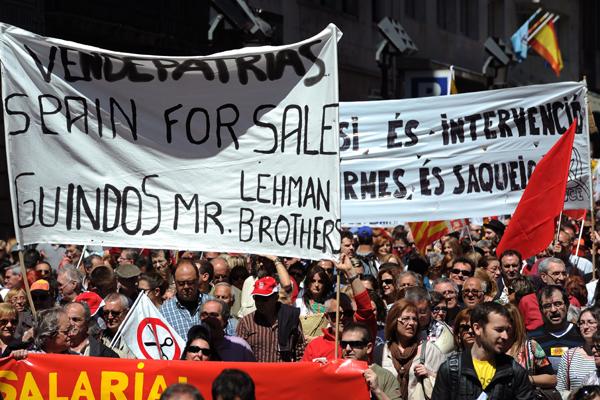 Espanha: Multidões usaram o feriado, em várias cidades, para marchar contra reformas do governo