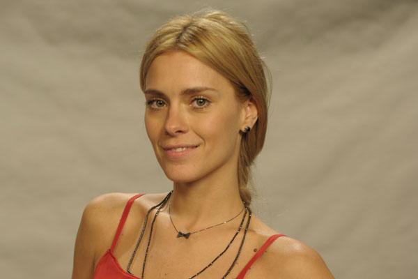 A atriz Carolina Dieckmann teve suas fotos íntimas roubadas e publicadas na internet