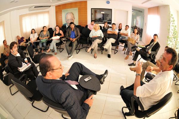 Vereador Raniere Barbosa promoveu o encontro na Câmara Municipal