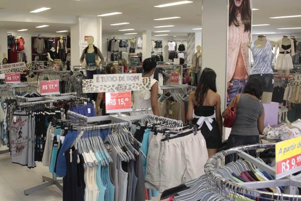 Loja de confecções em Natal: o comércio e a indústria respondem por mais de 60% da arrecadação de ICMS no RN e estão entre os que cobram mais investimentos