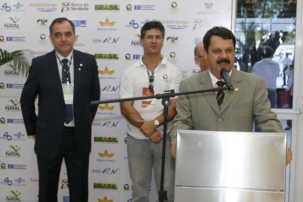 Ricardo Motta abre feira de produtos e serviços da Unale