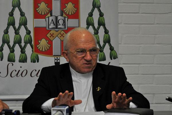 Arcebispo de Natal divulga nota sobre padres na política