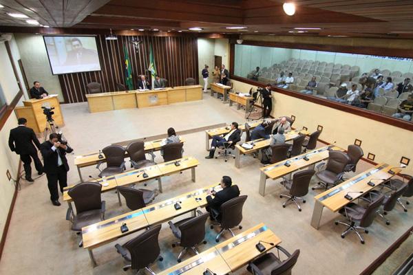 Deputados votaram os projetos enviados pelo Tribunal de Justiça e Ministério Público