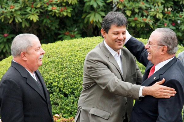 Lula, Haddad e Maluf selaram acordo para apoio do PP à candidatura do ex-ministro da Educação à Prefeitura de São Paulo