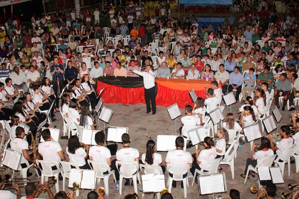 Músicos da Orquestra Filarmônica de Cruzeta, celeiro de instrumentistas no Rio Grande do Norte
