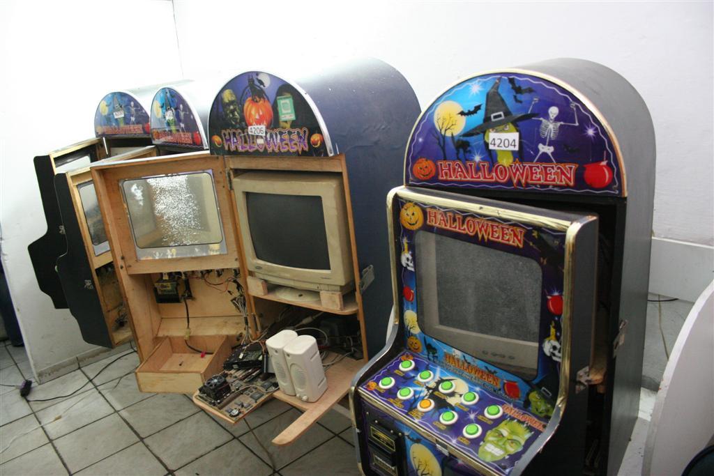 Máquinas de bingo eletrônico foram apreendidas pela polícia
