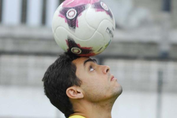 Habilidoso, Raul também mostra o famoso faro de gol no ABC