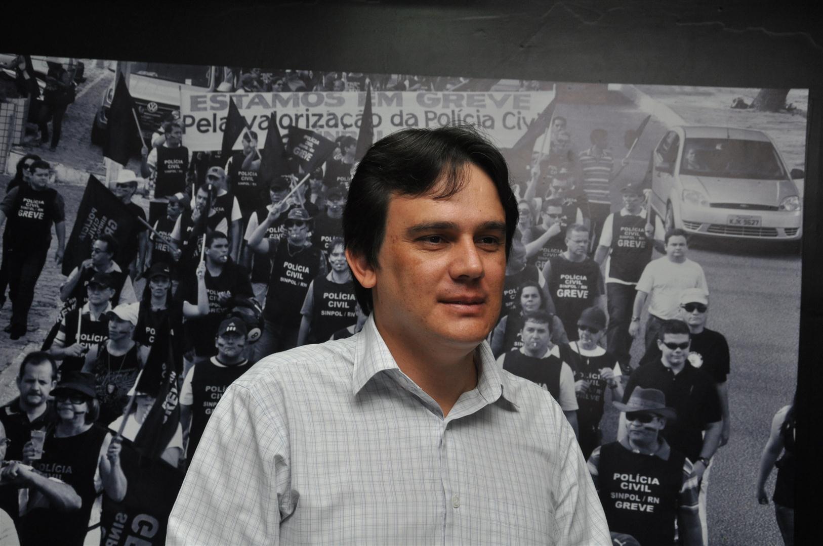 O presidente do Sinpol, Djair Oliveira, confirmou a reunião