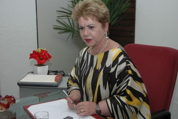 Wilma de Faria convocou vereadores do PSB para uma reunião