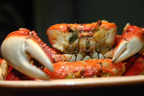 No Balada Bar, o caranguejo é grande e pode vir até do Piauí