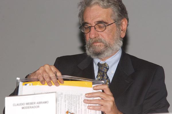 Cláudio Abramo defende que políticos com contas rejeitadas não possam concorrer a mandato eletivo