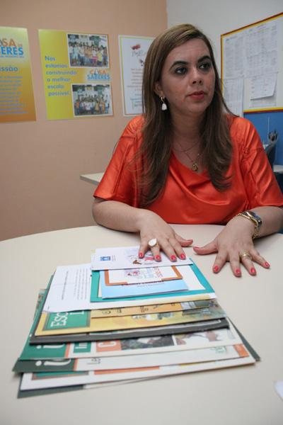 Cláudia Santa Rosa, educadora: As bibliotecas escolares devem ser um complemento. Não podem substituir as públicas.