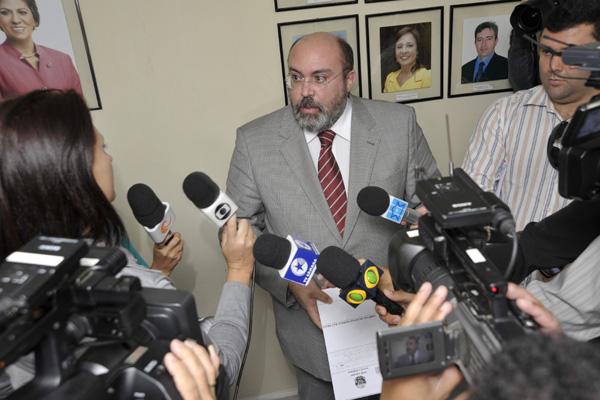 O anúncio foi feito ontem pelo procurador-geral Miguel Josino.