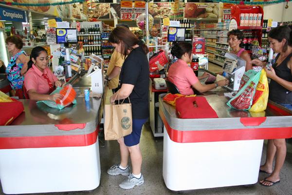 Supermercado em Natal: o setor está entre os que mais oferecem oportunidades, segundo o Sine
