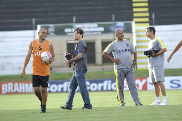 Ademir Fonseca chega com a missão de devolver motivação ao ABC