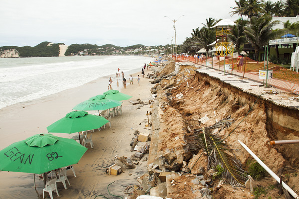 Inadimplência do município impede recebimento de verba federal para conter avanço do mar